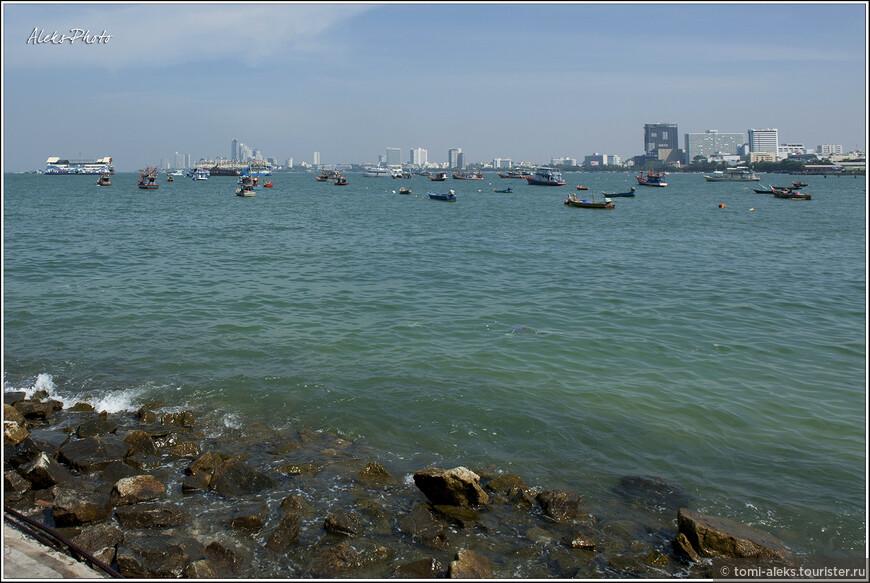 Море — классно! Но купаться многие предпочитают ездить на острова. скоро — сравним...