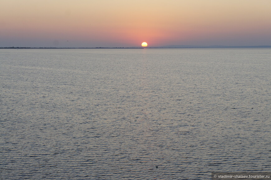 Закат над Бугазским лиманом.