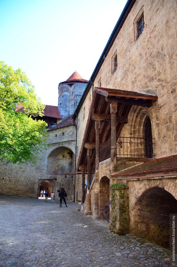 В 1779 году, после заключения Тешенского договора, замок Бургхаузен стал пограничным. Через несколько десятилетий, в период наполеоновских войн, замок был сильно разрушен. В 1896 году его отреставрировали.