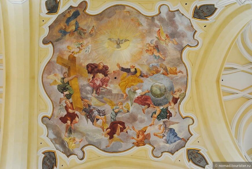 Собор Вознесения Девы Марии, потолочные фрески