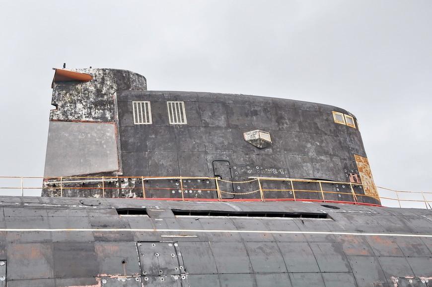 11. Дизель—электрическая подводная лодка «Б-307» — единственная подводная лодка в мире, совершившая пятикилометровое путешествие по суше, до места экспозиции. Это практически абсолютный мировой рекорд для подводных лодок!