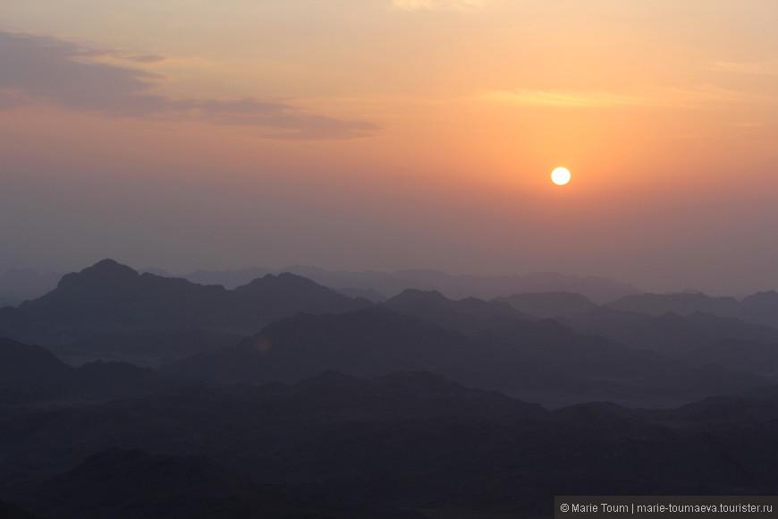 Солнце над горами Синая