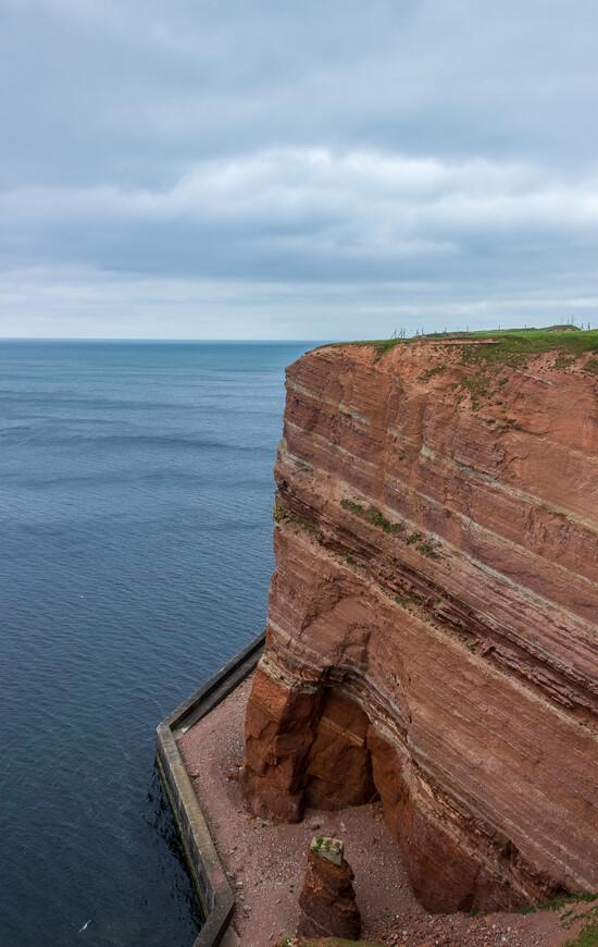 Знаменитые красные скалы