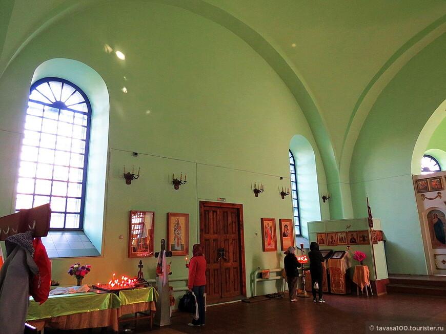 В 1993 году Никольскую церковь возвратили верующим.