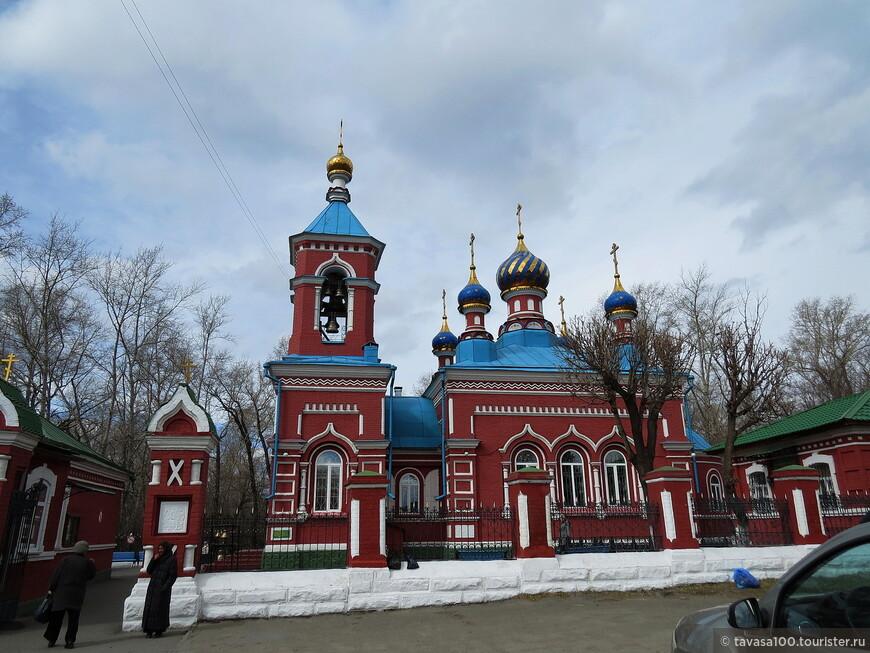 Свято-Троицкая церковь в городе Миассе - это единственный сохранившийся до наших дней храм из 24 церквей Миасского округа. Церковь была заложена в 1887 году, а в 1889 году уже была освящена.