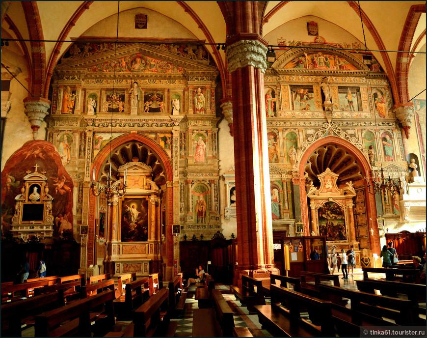 Главные  шедевры собора Поклонение волхвов Либерале да Верона, и Вознесение Богородицы Тициана.