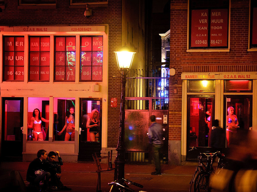 Секс театр амстердам фото дрочить