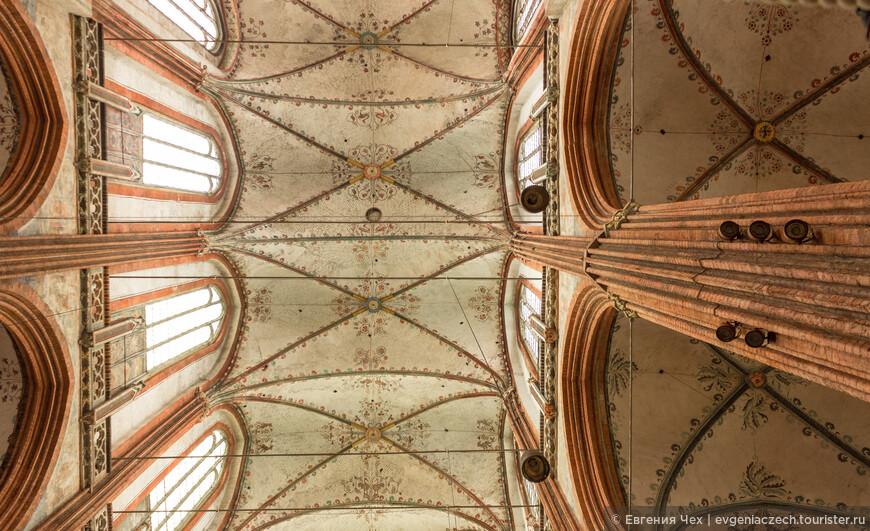 Звездчатые своды - как было возможно такое строительство в 13-14 веках?