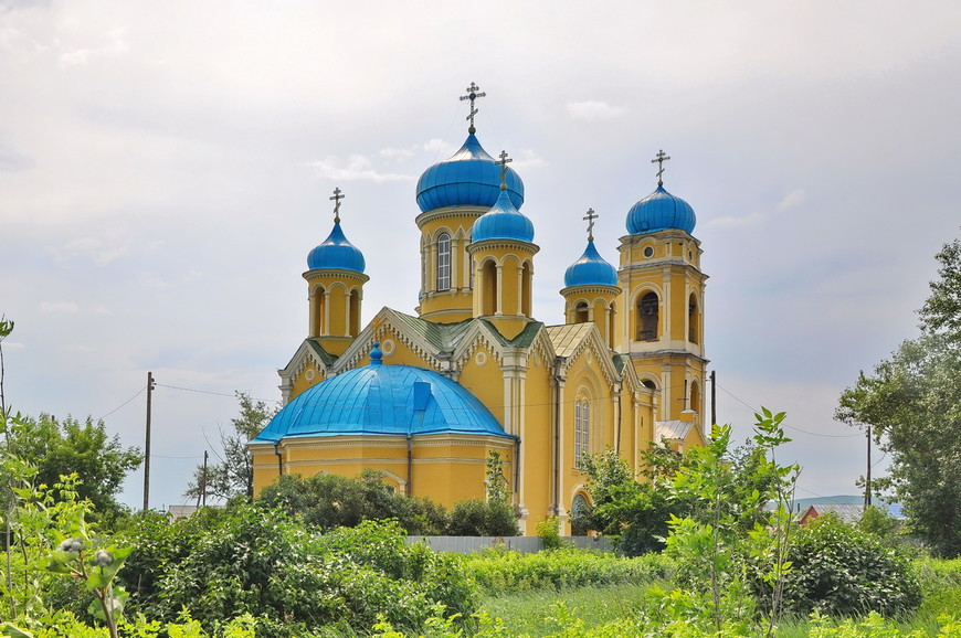 06. Никольский собор построен в 1875 г. на средства купцов Рытовых в русско-византийском стиле.