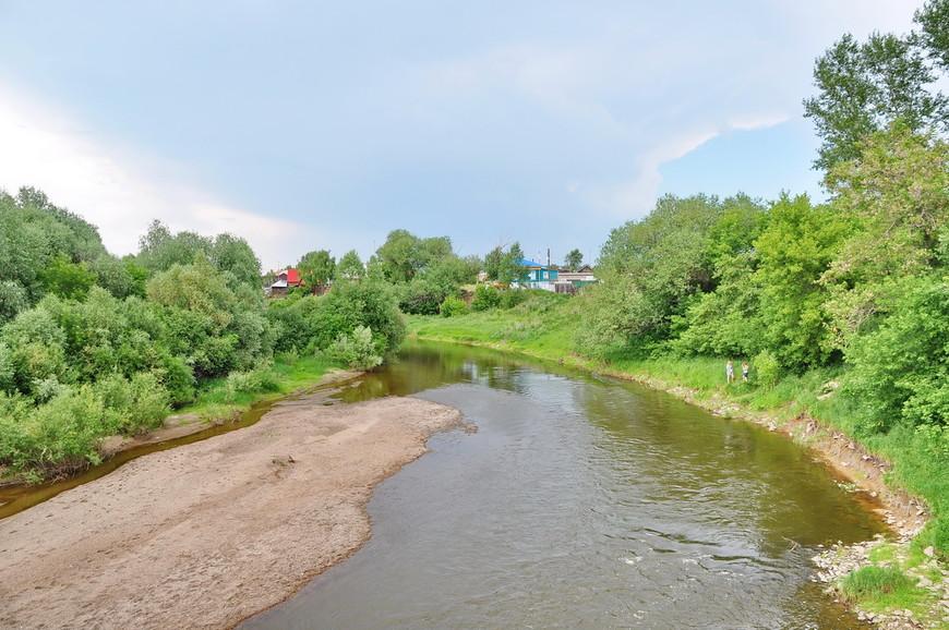 23. Позвольте представить вам реку Урал. Рекой назвать этот ручей трудно, но выглядит она как-то так.