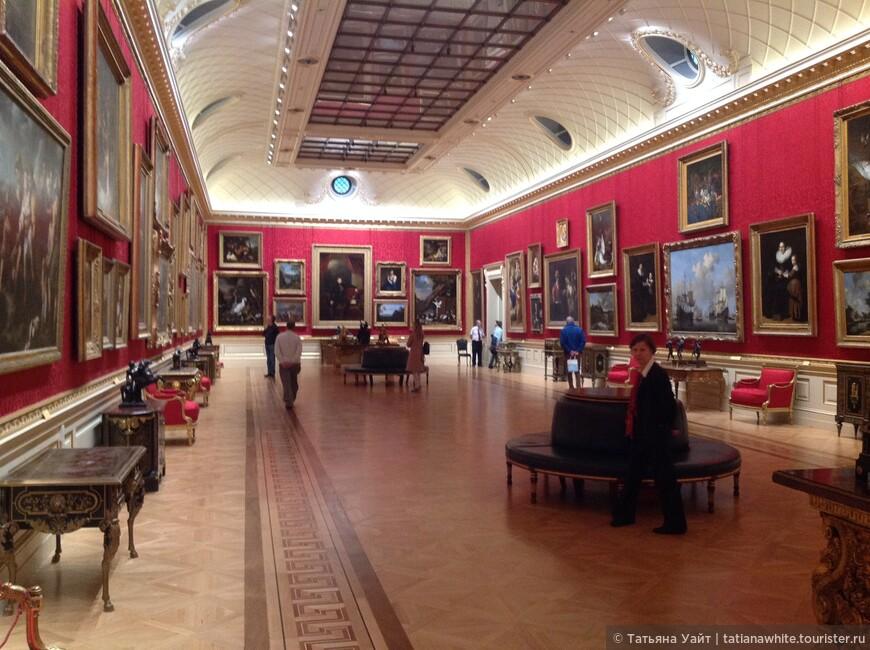 Экспозиция коллекции Уоллеса разместилась в 25-ти залах (!!)