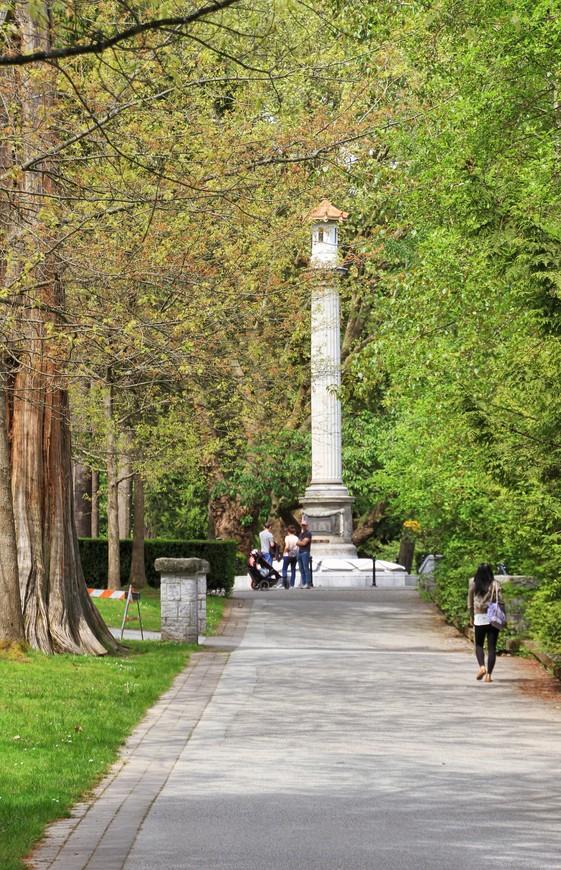 В парке можно и нужно провести не один день, если время позволит, конечно. Могу только представить, какая красота здесь будет с приходом осени! Очень рекомендую парк Стэнли всем, прилетающим в Ванкувер!