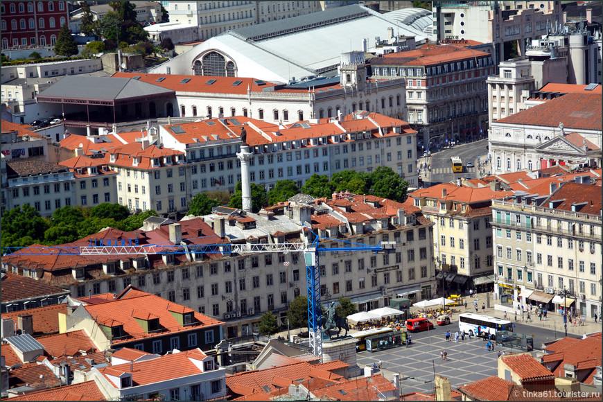 Вид на площадь Фигейра.