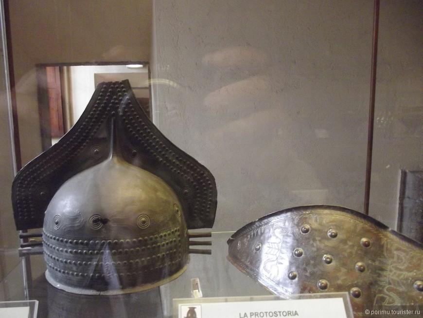 Шлем этрусского воина