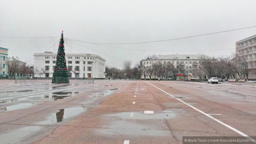 На главной площади Байконура
