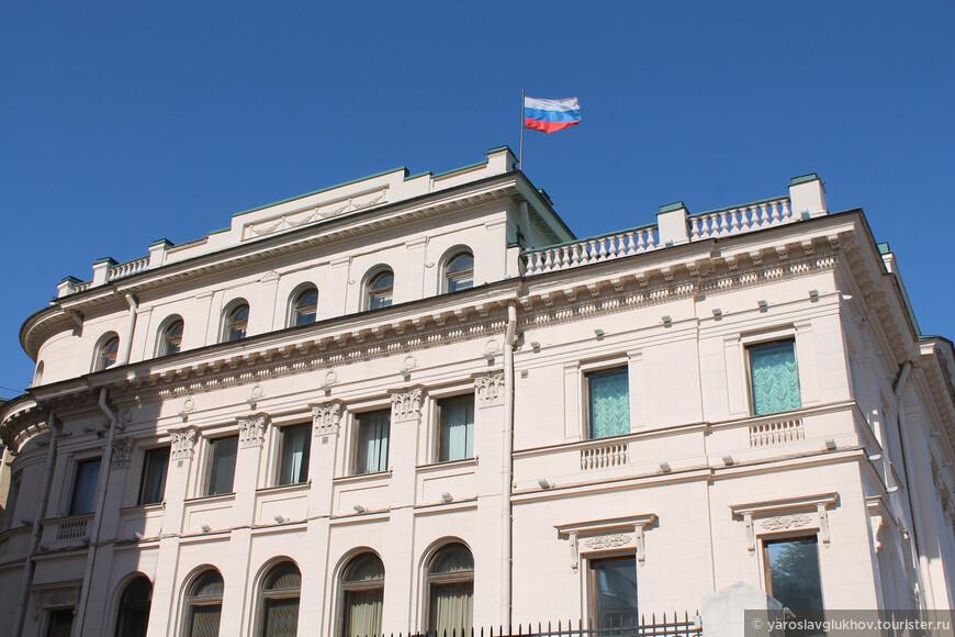Дворец великого князя Николая Николаевича-младшего на Петровской набережной.
