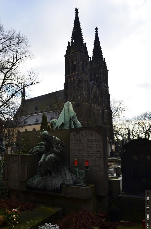 Базилика Святых Петра и Павла в стенах Вышеграда. Готика в Праге непревзойденная!