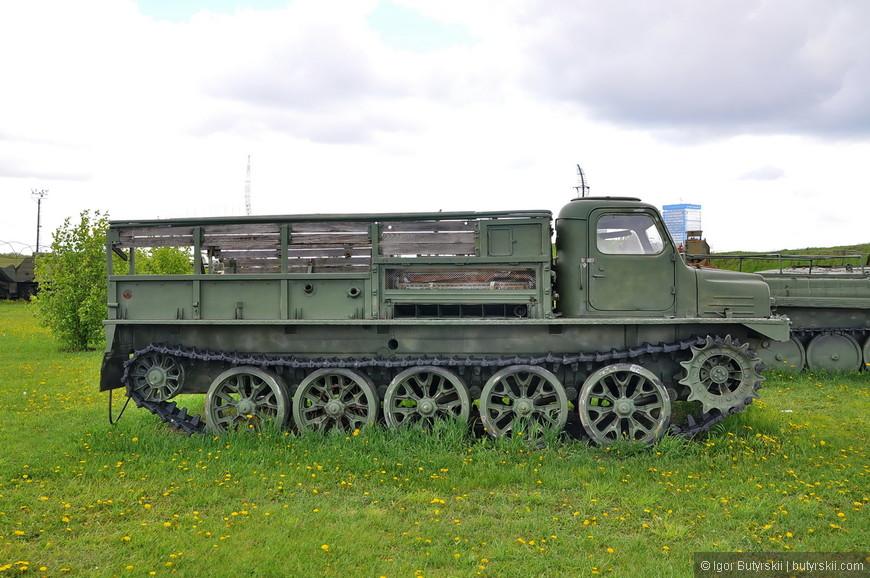 Средний артиллерийский тягач АТС-59