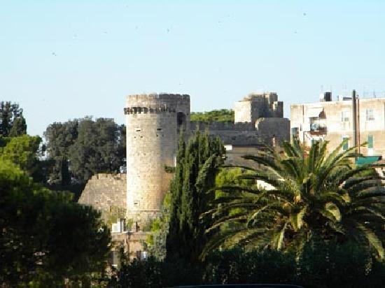 tarquinia-s-city-walls.jpg