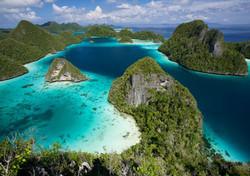 Туристы назвали самые красивые места Индонезии