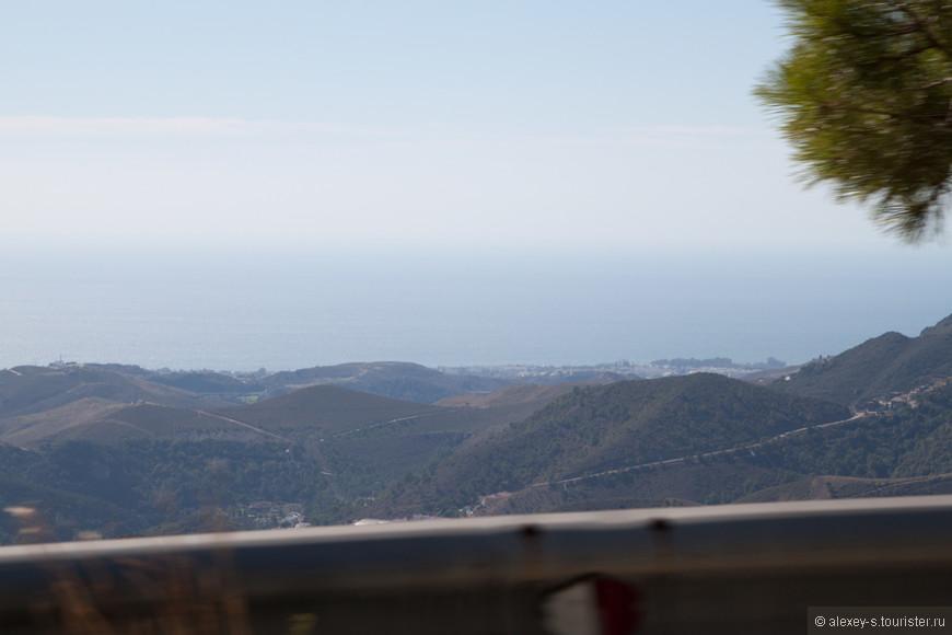 Взгляд в сторону моря.