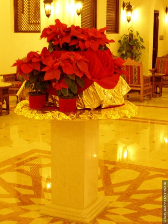 Пуансеттия или Рождественская Звезда - чудесное украшение