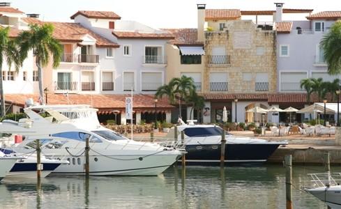 lw1930-33605456-casa-de-campo-marina-plaza.jpg