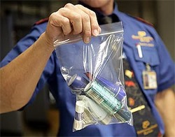 Запрет Евросоюза на провоз жидкостей в самолетах продлили на 3 года