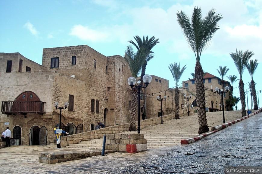 Яффо - один из древнейших городов мира. Первое письменное упоминание о городе встречается в египетских хрониках XV века до н. э.