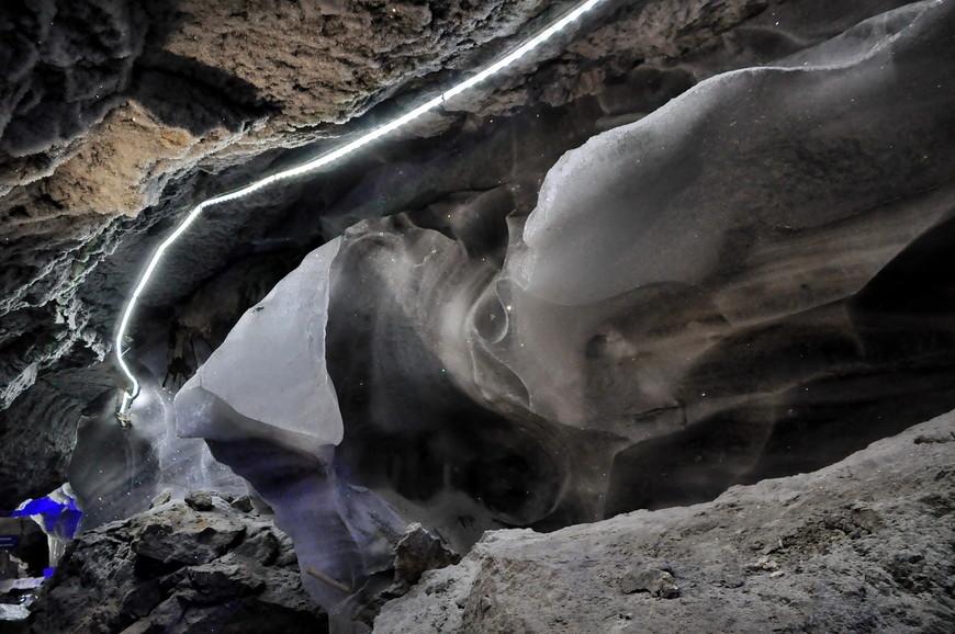 08. А дальше начинается сказка! Причудливые формы пещерных гротов, карстовые полости и обилие различных материалов сквозь которые приходится проходить не оставят никого равнодушным.