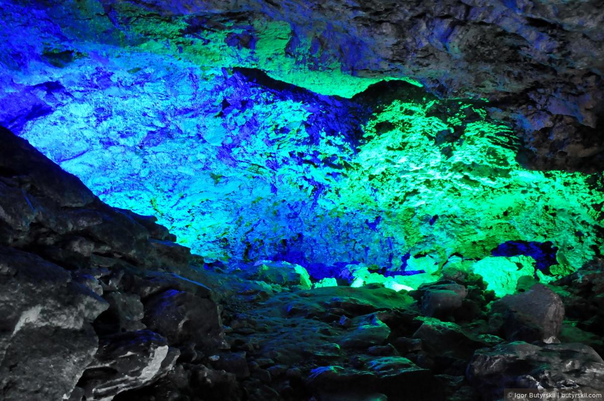 20. Подсветка отлично «играет». Создаются разные ассоциации, фантазия работает на полную катушку., Кунгур — Ледяные пещеры