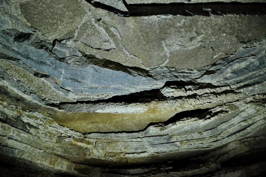 36. Это же музей! Можно своими глазами увидеть, как формировалась земля, сантиметр за сантиметром в течении тысяч лет.